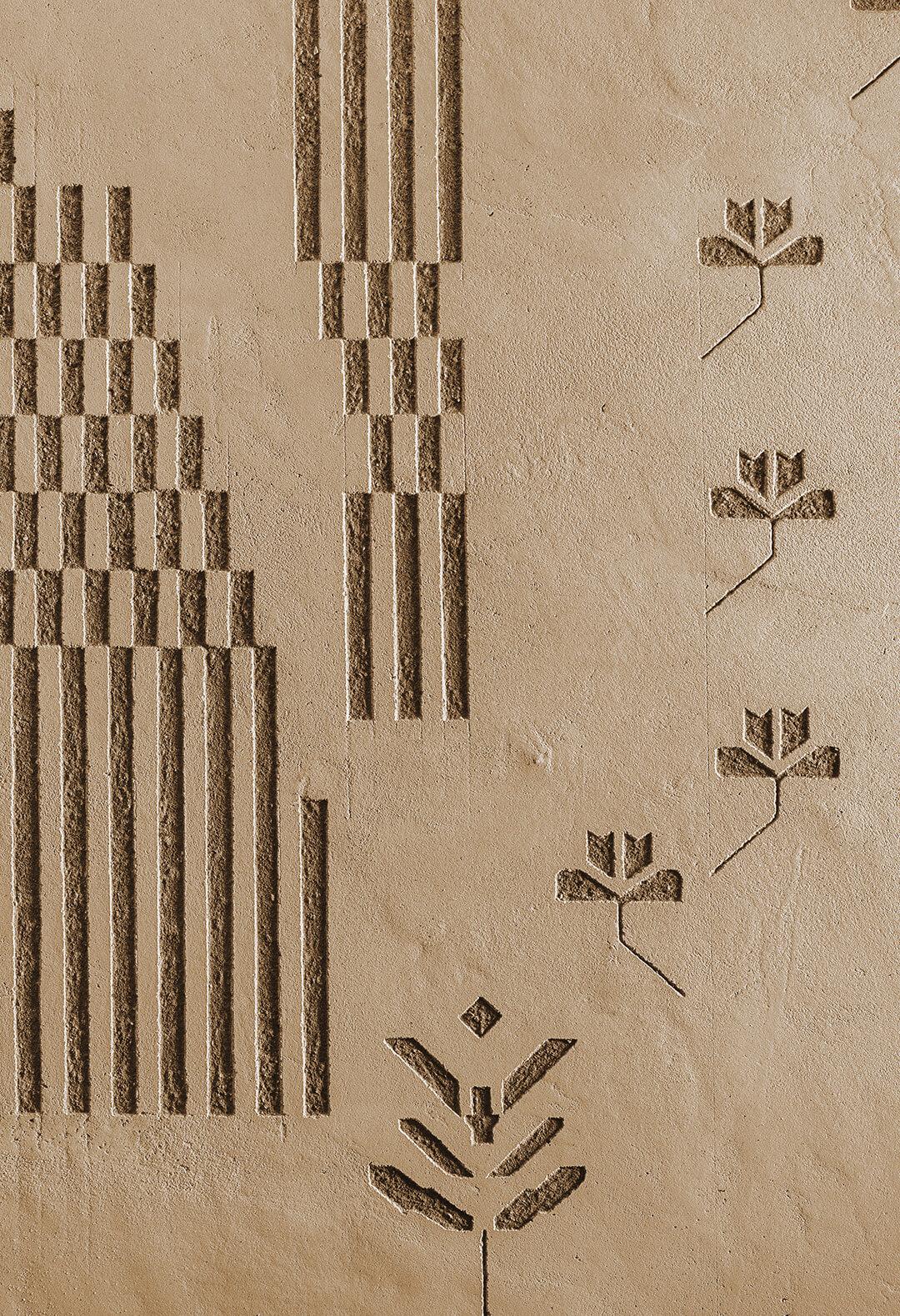 Decorazioni in terra cruda da motivi tipici sardi